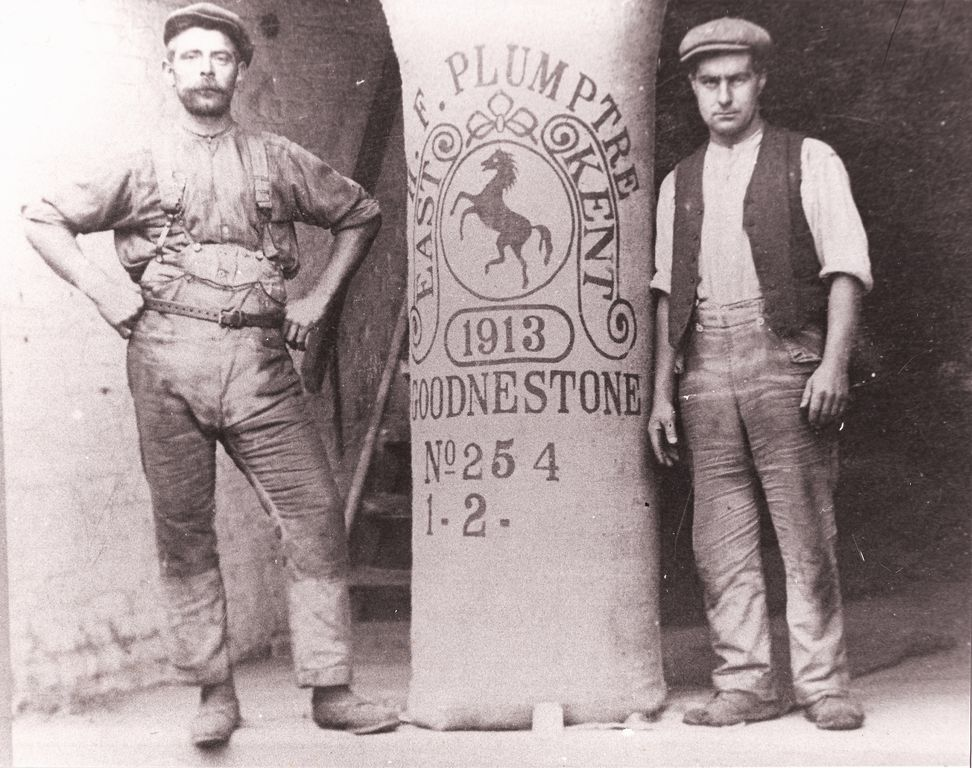 Oast men and a hop pocket. 1913.