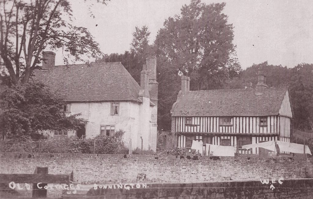 Houses at Bonnington
